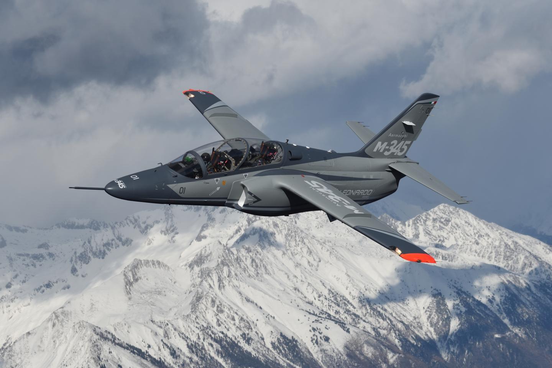 Risultati immagini per m-345 trainer