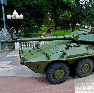 Centauro_tank_destroyer_in_spanish_armed_forces_day-FOTO-3 (1)
